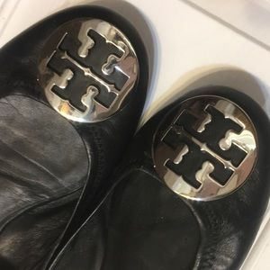 Tory Burch size 9.5 Reva Flats Black with Silver